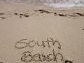 Buchstaben im Sand